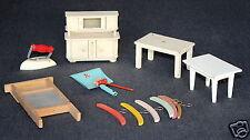 Puppenstubenzubehör alte Möbel Küchenbuffet Waschbrett Kehrschaufel u. Handfeger