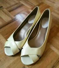 Cole Haan cream ivory lacquered peep toe shoes wedge flats slip ons 7