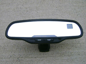 02 - 06 CHEVY SILVERADO GMC SIERRA REAR VIEW MIRROR COMPASS TEMPERATURE 15176974