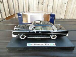 Revell 1960s Mercedes Benz 300SE W112 Rare Black 1:18 Diecast Detailed Car Model