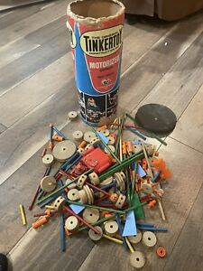 Original tinkertoy  Vintage with box motorized version.200 Plus Pieces