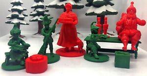 LOD016 Santa, Mrs Claus and the Elves - 10 pc 54-70mm set - SLEIGH NOT INCLUDED!