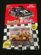 Nascar Stock Car with collectors card and display stand 1993 Derrike Cope