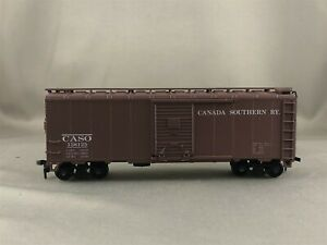 Athearn/Branchline Trains - Canada Southern - 40' Box Car + Wgt # 138125