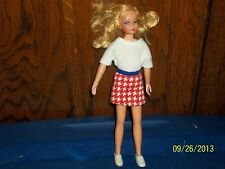 VINTAGE BARBIE FRIEND TWIST & TURN LIVING SKIPPER DOLL WITH EYELASHES & CLOTHES