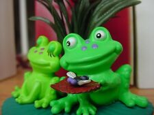 2005 HALLMARK ORNAMENT FROGS LEAP OF LOVE FROGGY CHRISTMAS Couple KEEPSAKE wBOX