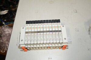 SMC VV5Q11-12-DAL485 VV5Q11-12 12 Position Air Manifold & VQ1A01NY-5 VQ1201NY-5