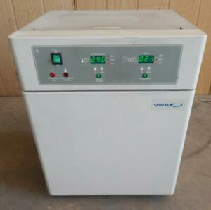 VWR MODEL #2310  Water Jacketed CO2 Incubator (#3326)