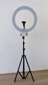 """Neewer 18"""" White Dimmable LED Ring Light and Stand Kit"""