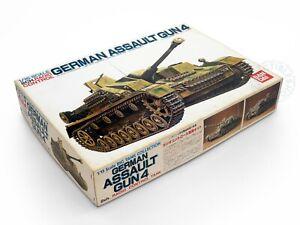 Bandai 1/15 German Assault Gun4 Static/RC Tank Sturmgeschutz 0053468 (2)*