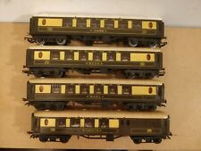 Triang Pullman Coaches x 4 - OO Gauge