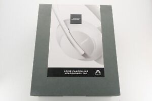 Bose 700 Noise Cancelling Bluetooth Headphones Luxe Silver White BRAND NEW!