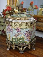 Deckeldose Porzellan Bronze Urne Deckelvase Vase Antik Pokal Edel Schale Dose