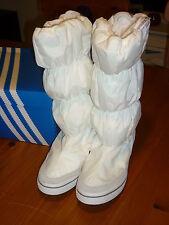 ADIDAS ADIWINTER BOOT SIZE 5 WHITE BRAND NEW IN BOX (WHITE)