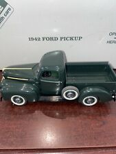 Danbury Mint 1:24 1942 Ford 1/2 Ton Pickup, Village Green With Box No Papers
