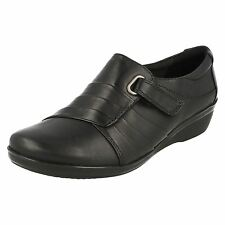 Ladies Clarks Smart Shoes With Low Wedge Everlay Luna 9 UK Black E