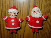 (2) VINTAGE Christmas SANTA & MRS. CLAUS Figures - Felt - JAPAN - ESTATE Finds