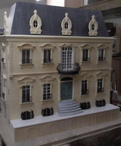 1/12 scale The French Chateau 14 room Dolls House KIT