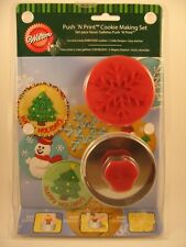 NEW Wilton Push N Print Christmas Cookie Making Set - FREE Shipping!