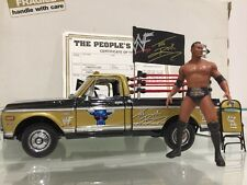 WWF / WWE The Rock The Peoples Pickup Wrestler Truck 1:24 DieCast
