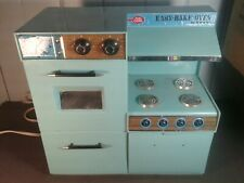 Betty Crocker Easy Bakery Oven 1963 works
