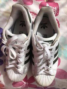 Adidas Unisex White&Green Trainers Size UK 4