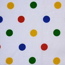 Weiß Polycotton Multi primären Medium Spot Stoff Kinder in Not * Pro Meter
