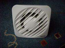 100 mm Badlüfter. Ventilator. Mit Verschluß und Nachlauf und Feuchtesensor. Neu.