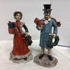 Christmas Village Victorian Man w/ Gift & Wreath Woman w/ Gift & Bough 4� 2 Pc