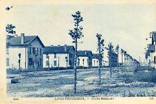 Carte SAINT PRIEST Cités Berliet de Lyon Venissieux