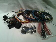 20 CIRCUIT UNIVERSAL WIRING HARNESS FITS CHEVY, FORD, DODGE COMPARE TO PAINLESS