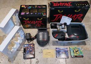 ATARI JAGUAR CONSOLE AND JAGUAR CD WITH GAMES SUPER RARE EXCELLENT CONDITION