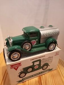 Conoco 1929 Ford model A tanker Bank 1/25 scale. Diecast metal. By Liberty