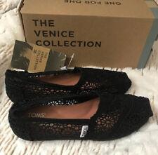 TOMS CLASSIC BLACK Crochet  SLIP ON FLAT SHOE Women Size 12 New In Box