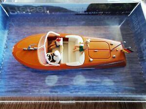 Preiser 10688 Motorboot Riva Ariston mit Besatzung (1), H0 *Neu*