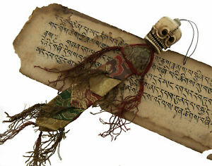 Suspension Tête de Mort Crane Impermanence Anitya Talisman Chamane tibetain 9037