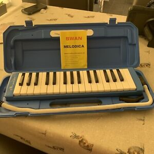 37 Key Melodica Piano with Carrying Case – Blue