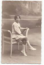 BP017 Carte Photo vintage card RPPC Enfant mode fashion jeune fille assise banc