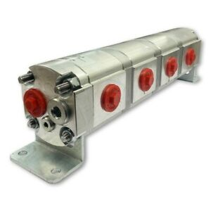 Geared Hydraulic Flow Divider 4 Way Valve, 11cc/Rev, without Centre Inlet