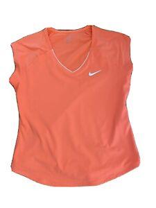 Nike Women's Tennis top / workout top Size Medium