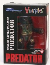 Vinimates Masked Battle-Damaged Predator Diamond Select Toys Gamestop Exclusive