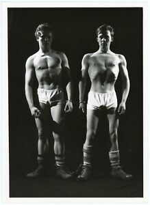 Vintage SW 4.5x6.5 ?? HUSSAR Royale DOLPHIN ?? Male Physique STORYETTE Military