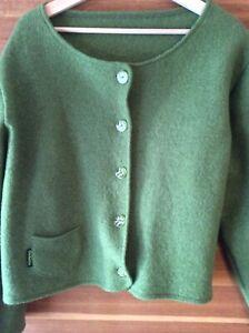 Woll jacke Grün Gr. 46 Ein Kleines Loch Geflickt Achsel Zu Achsel 55cm Länge 50