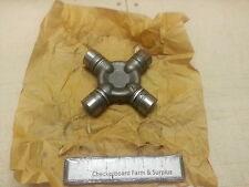 NOS Universal U-Joint Zeller Neapco Rockford 114-6135 2520000750335