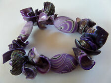 STUNNING SUMMER PURPLE SHELL & PEBBLE STRETCH BRACELET one size NEW gift pouch
