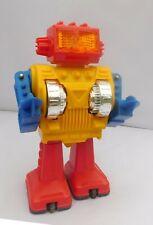 SKY ROBOT. Vintage Robot  made in Japan. Battery. Ht 22,5 cm. Années 70/80