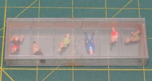 Vintage Preiser H0-Scale Seated Persons #10021 Package of 6