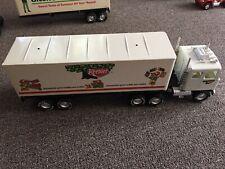 vintage NYLINT diecast CADET GMC 18-WHEELER with KEEBLER trailer Tractor Trailer