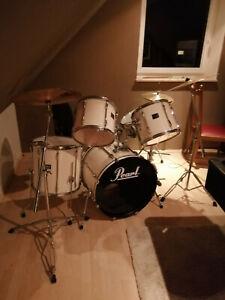 Schlagzeug Pearl komplett mit viel zubehör gebraucht
