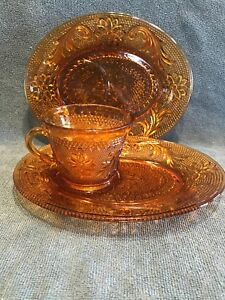 3 PCS Tiara Indiana Glass Amber Sandwich Snack Plate & Cup. Comes W/Extra Plate.